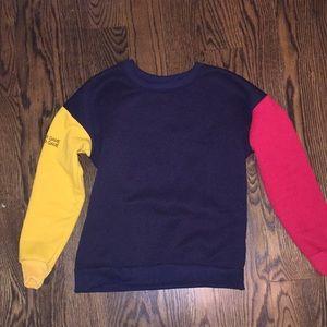 Sweaters - Primary color crew neck